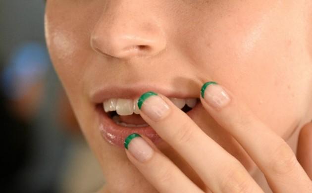 Nageldesign-french-grün-Fingernägel-Trends