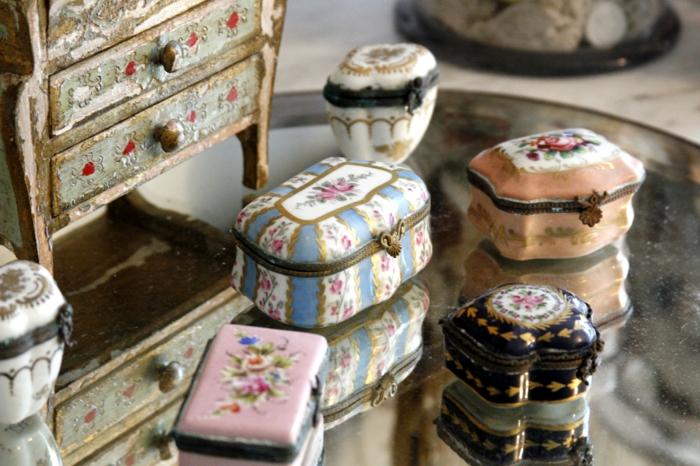 butterdose keramik Geschirr wohnaccsessoires zerbrochene porzellanschatulle