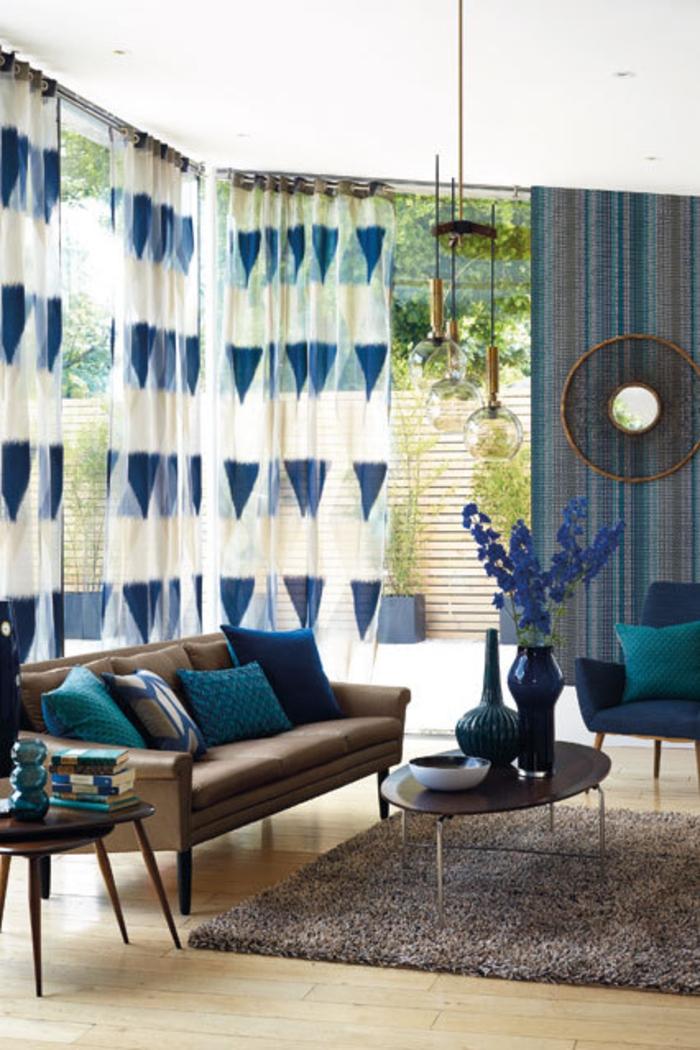 Raumgestaltung Ideen Wohnzimmer Möbel Braun Blau Farbmischung