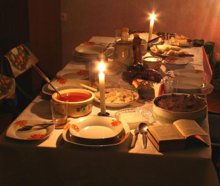 Russische Weihnachten Weihnachten in Russland kirchliche messe festliche speisen