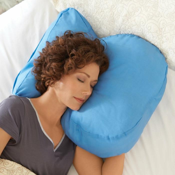 Schlafkissen schlafposition seitenschlaeferkissen tempur kissen wirbelsäule memory schaum seitenschläfer kissen
