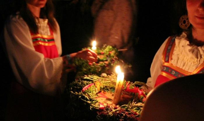 Weihnachten in Russland Russische  Weihnachten zaubersprüche bräuche