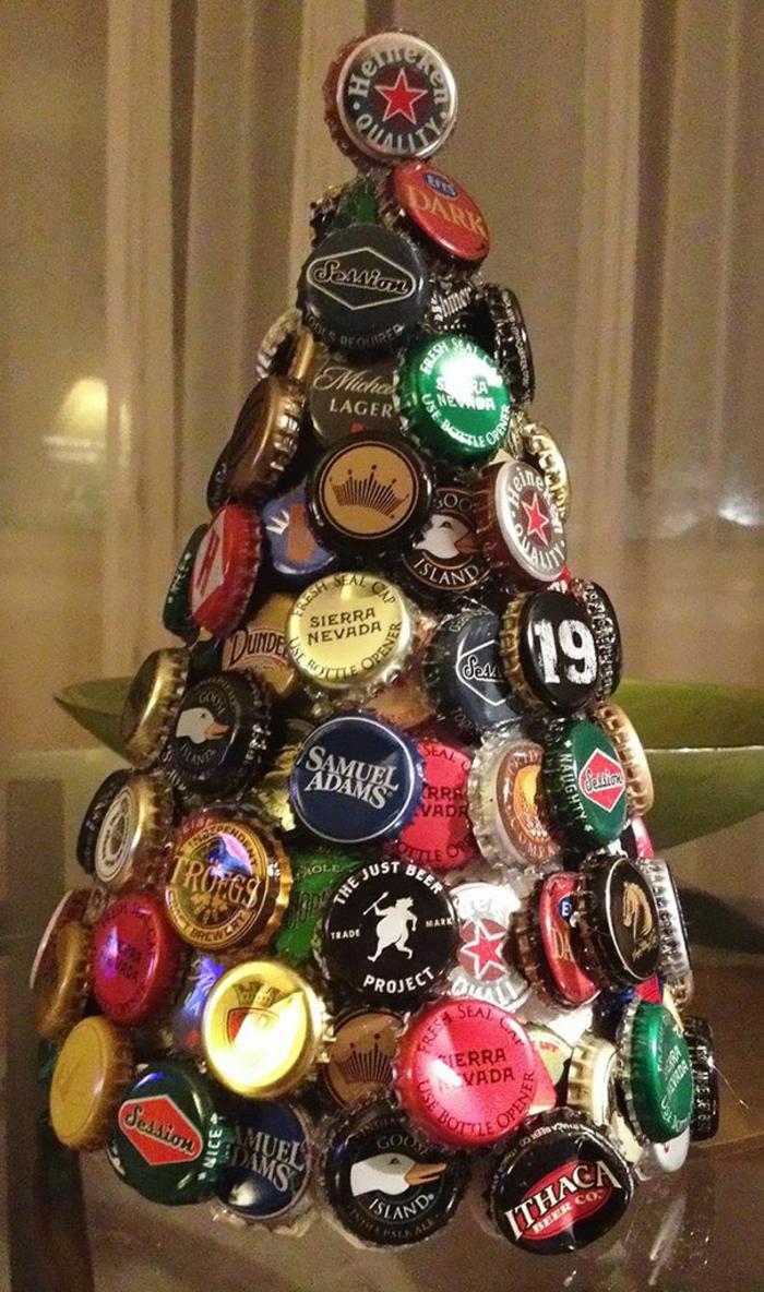 Weihnachtsbastelideen Tannenbaum basteln Bierdeckel Weihnachtsbaum