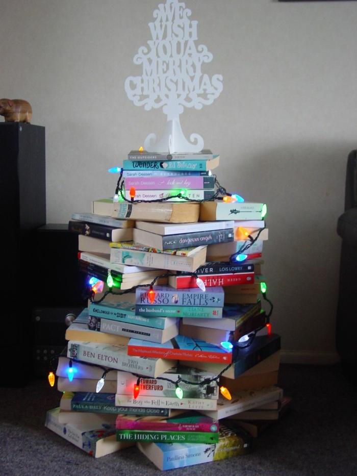 Weihnachtsbasteln Tannenbaum basteln Weihnachtsbaum Bücher stapeln