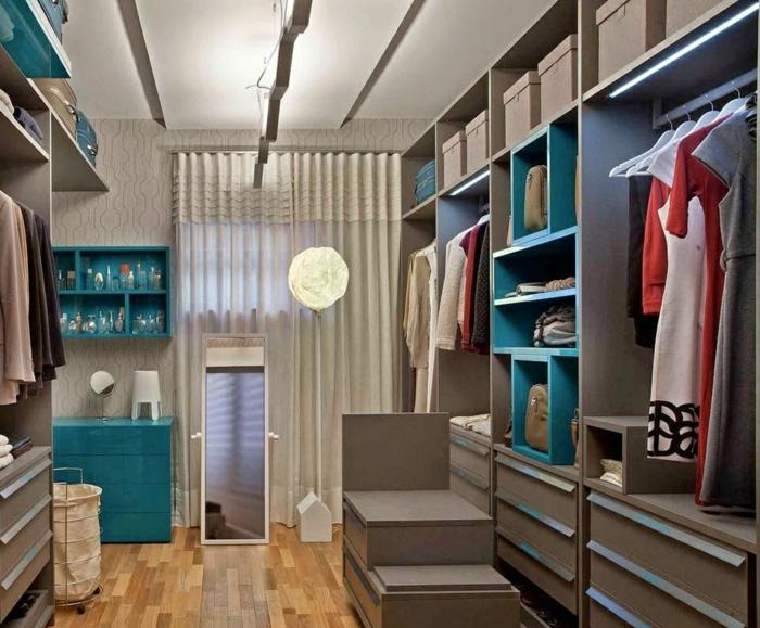 ankleidezimmer einrichten offener kleiderschrank