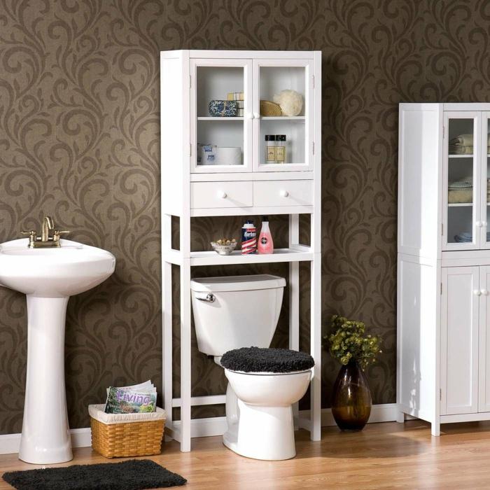 badeinrichtung feng shui stauraum weiße badmöbel wandtapete