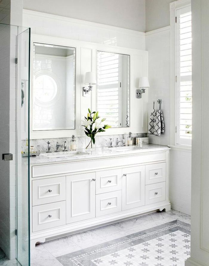 badeinrichtung ideen weiße badmöbel pflanzen helle badfliesen