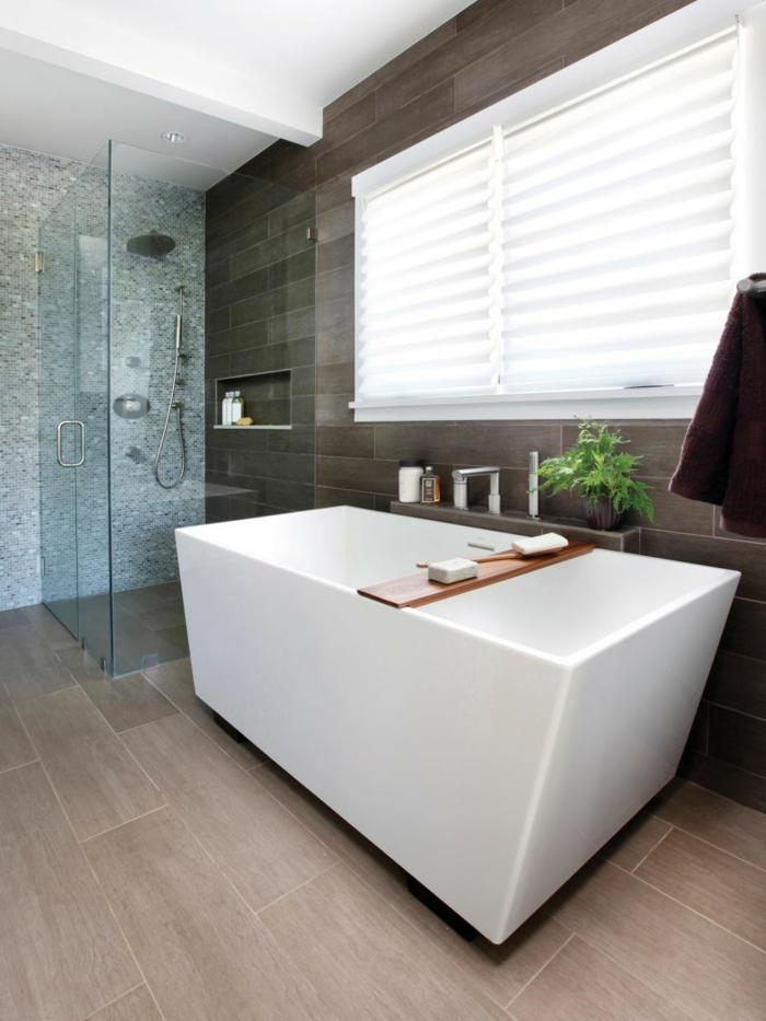 Badezimmer gestalten wie gestaltet man richtig das bad nach feng shui - Badezimmer fenster glas ...