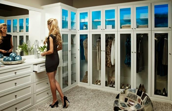 Wohnzimmer Ideen Schwarz Lila