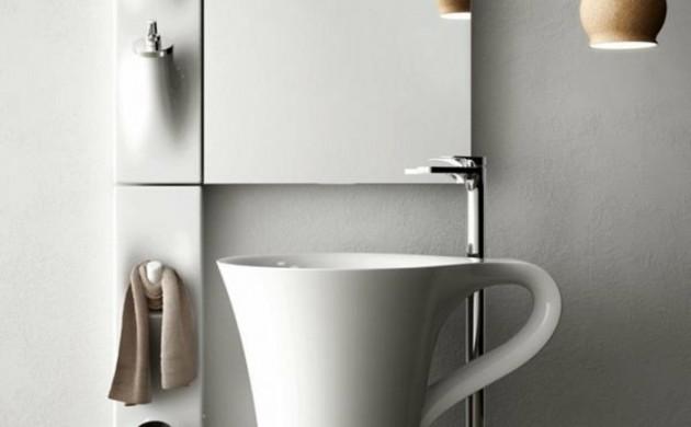 designer-waschbecken-kramik-weiße-kaffeetasse-meneghello-paolelli-associatidirections