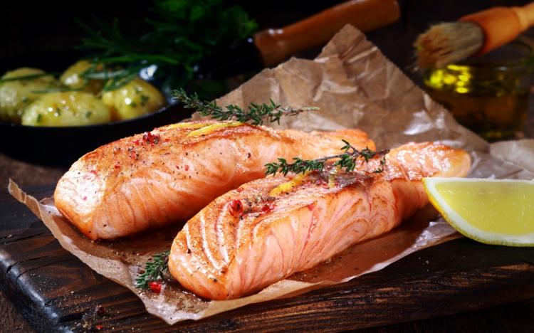 einfache Fischgerichte mit Lachs in Folio Ernährungstipps