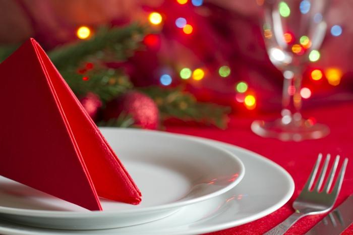 Weihnachtliche tischdeko selbst gemacht 55 festliche for Einfache weihnachtstischdeko