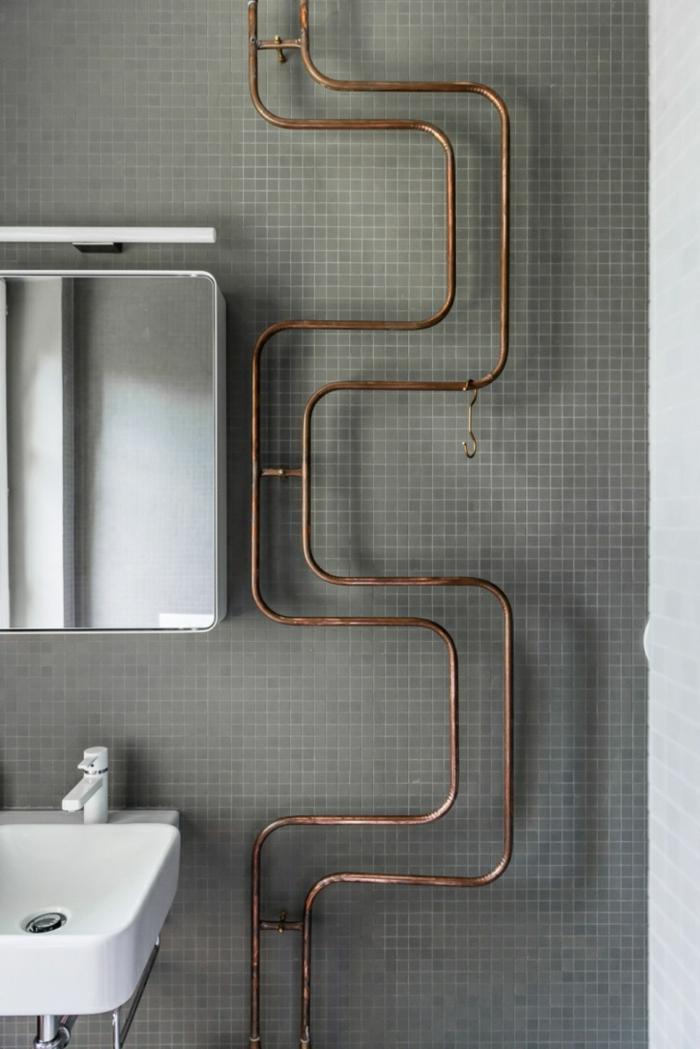 einrichtungsideen wohnen röhre messing kupfer wanddekoration badezimmer