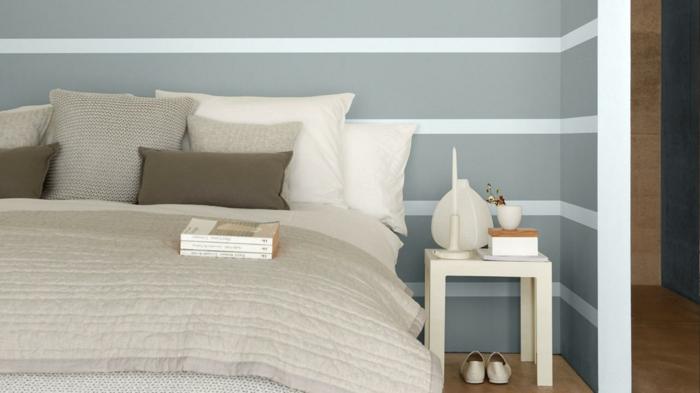 farbgestaltung schlafzimmer wandfarbe grau weiß streifen wanddekoration