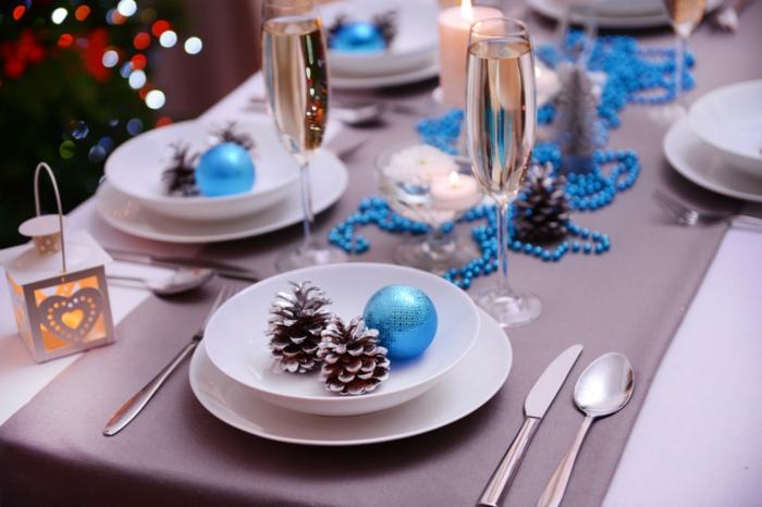 Tischdeko weihnachten silber blau  Weihnachtliche Tischdeko selbst gemacht: 55 festliche ...