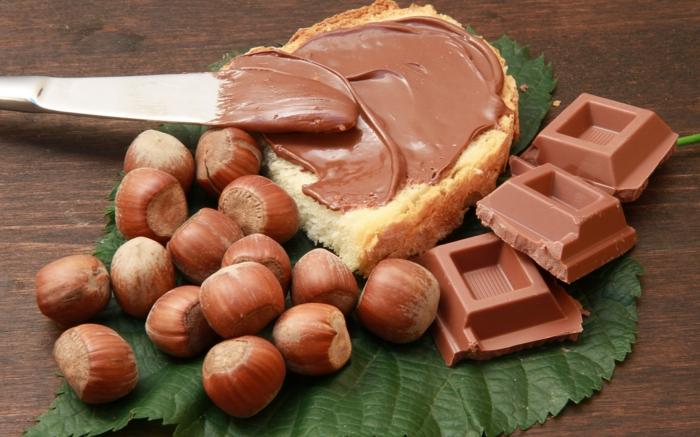 geschenkideen für freundind geschnekideen freund trueffel mit nuessen vollmilch nutella