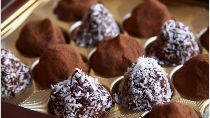 geschenkideen für  freundind geschnekideen freund trueffel mit nuessen vollmilch schokolade zimt orange kokos