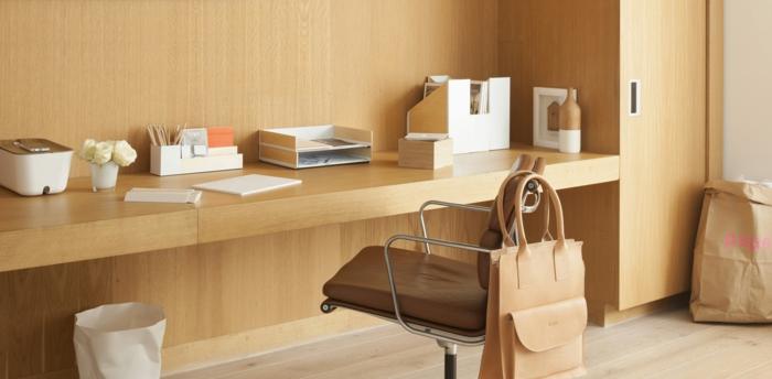 haushaltsplan putzen haus aufräumen home office schreibtisch ordnen helles holz