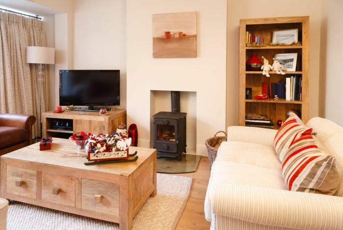 haushaltsplan putzen haus aufräumen wohnzimmer weihnachten silvester feiern