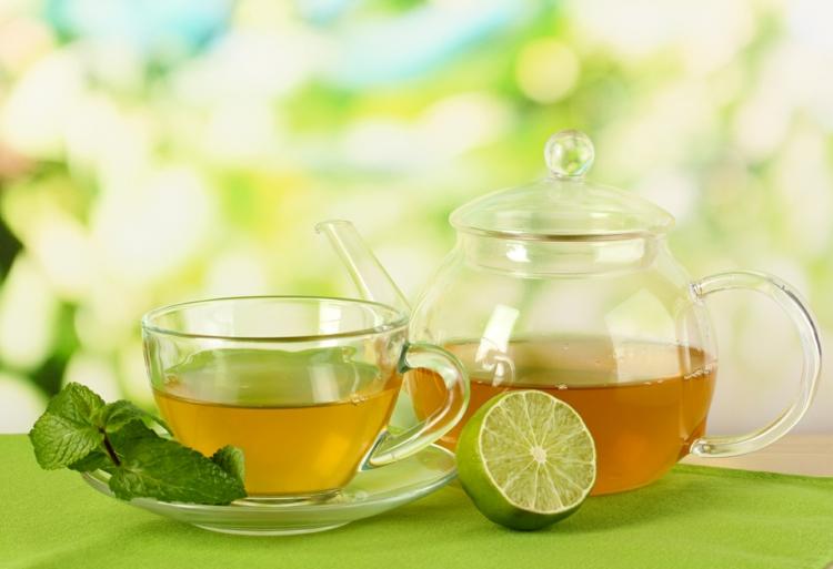 ist Tee gesund Grüntee trinken