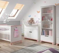 babyzimmer komplett einrichten 1000 stilvolle ideen f r babybett wickelkommode und andere. Black Bedroom Furniture Sets. Home Design Ideas