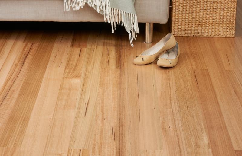Bodenbeläge laminat  Vinyl oder Laminat? - Welchen Bodenbelag sollte ich lieber auswählen?