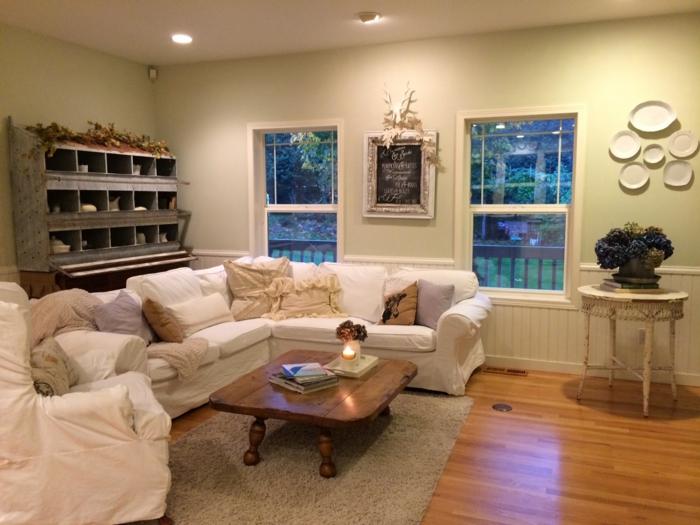 landhausstil wohnzimmer rustikaler holztisch gemütlich