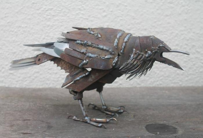 recycling basteln metall figur krähe