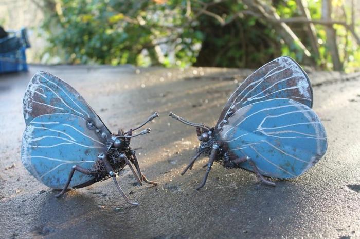 recycling basteln metall schmetterlinge blau