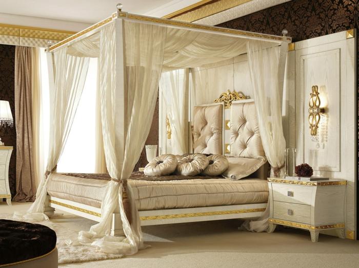 ideen bett baldachin betthimmel weiß gold ornamente