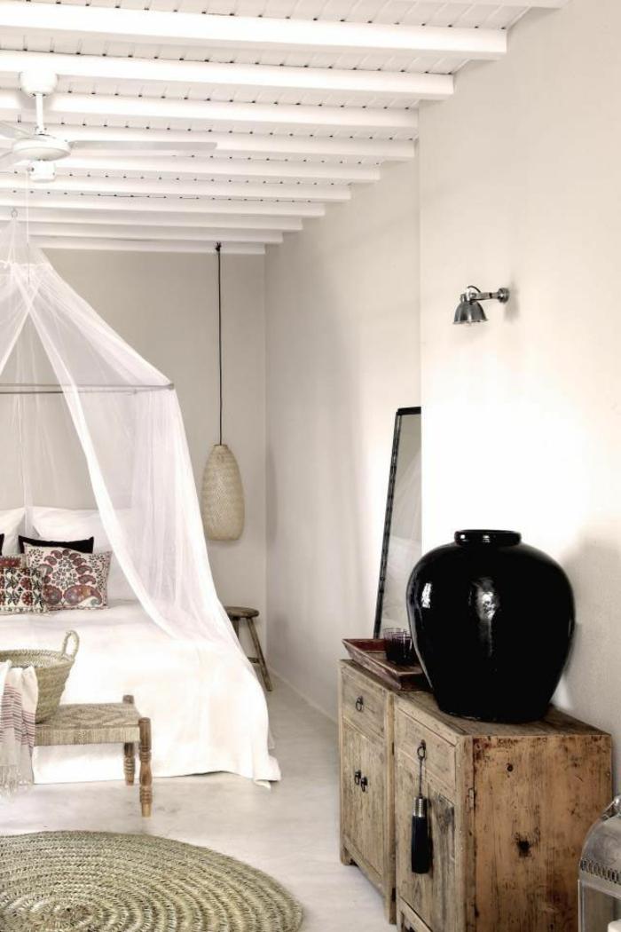 schlafzimmer ideen baldachin betthimmel weiße gardinen shabby chic stil