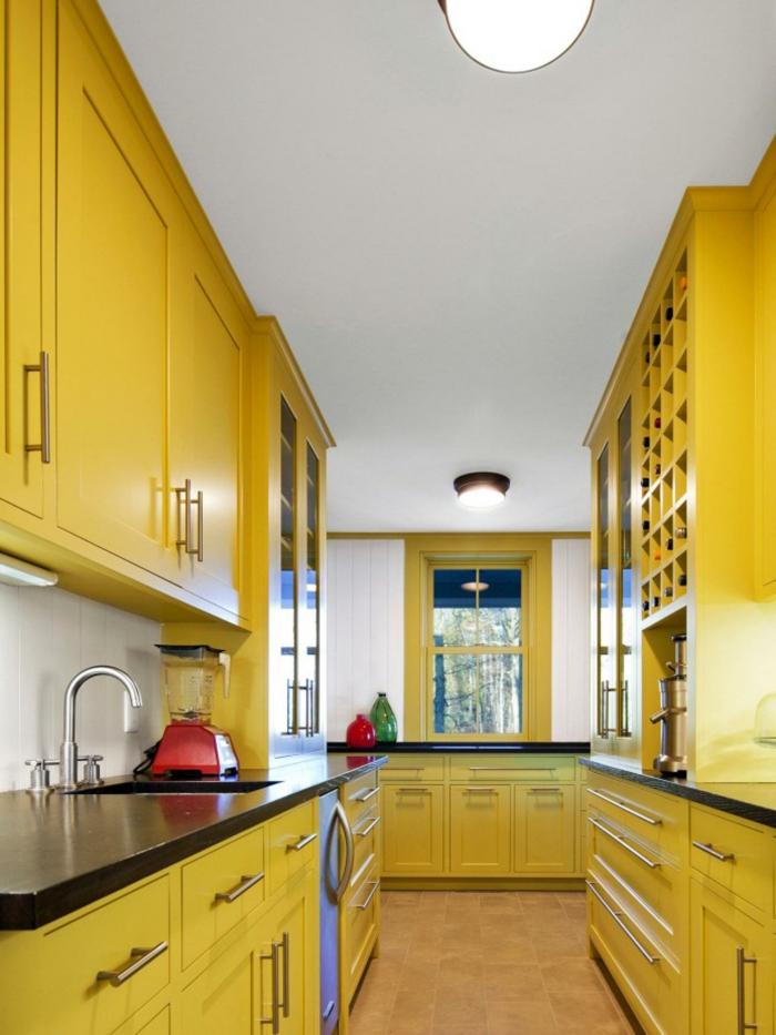 wände streichen ideen küche gestalten gelbe küchenschränke weiße wandfarbe
