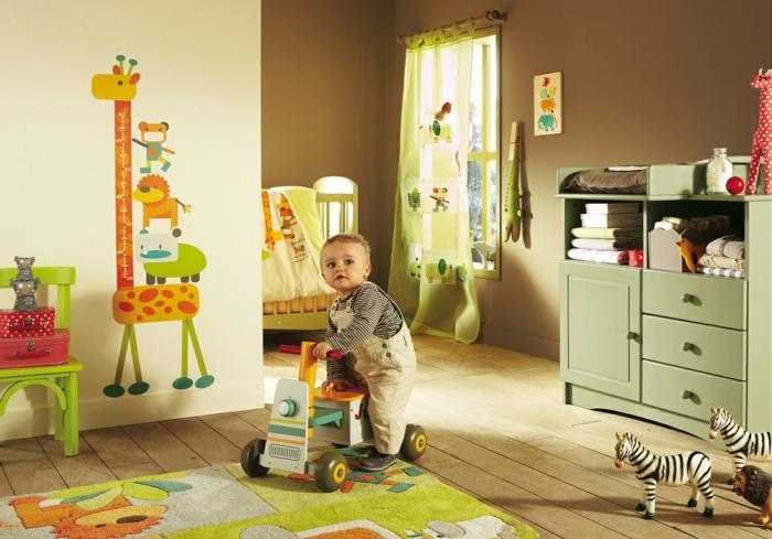 wanddesign wandgestaltung wandfarbe farbgestaltung babyzimmer braun grün
