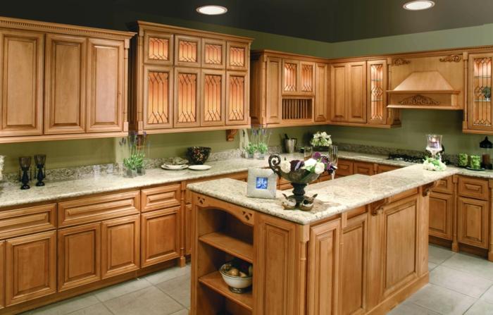 wände streichen ideen küche grün traditionelle küchenschränke funktionale kücheninsel bodenfliesen