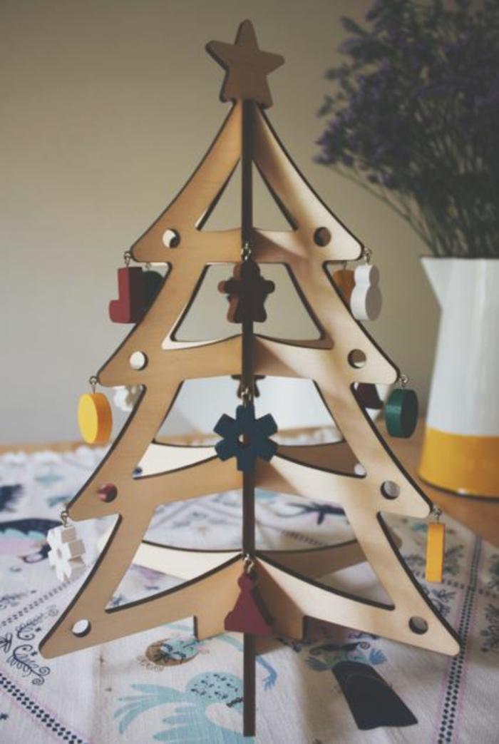 weihnachtsbaum künstlich künstlicher weihnachtsbaum test durch wand wandsticker holz