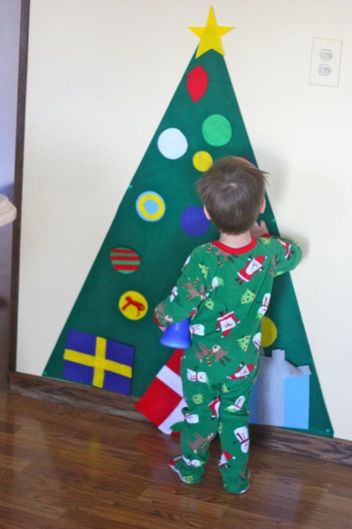 weihnachtsbaum künstlich künstlicher weihnachtsbaum test durch wand wandsticker norwegen
