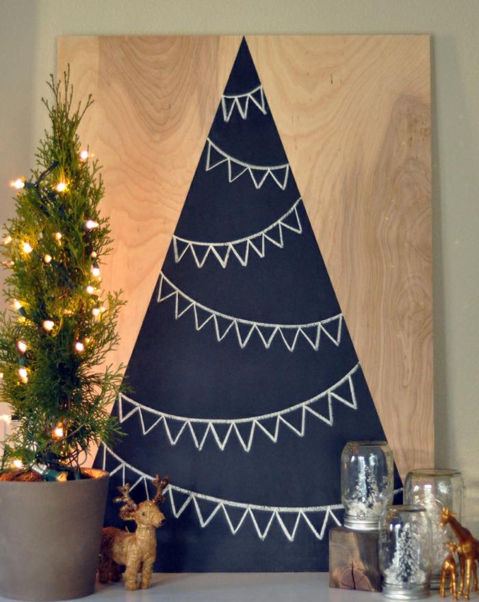 weihnachtsbaum künstlich künstlicher weihnachtsbaum test durch wand wandsticker zeichnung holzbrett