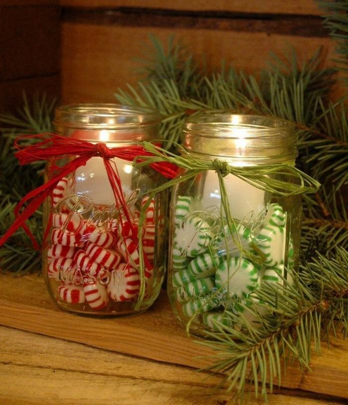 weihnachtsdeko ideen diy windlichter bonbons tannenzweige kerzen einweckgläser