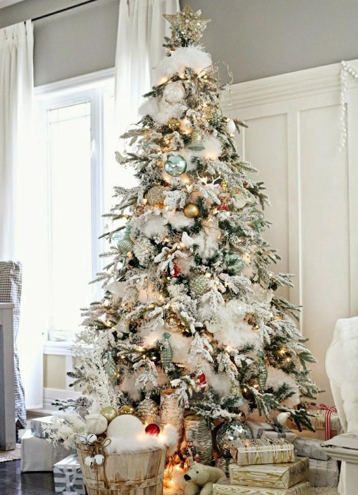 weihnachtsdekoration ideen christbaumschmuck weihnachtsbaum geschenke kunstschnee
