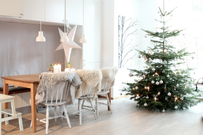 weihnachtsschmuck im skandinavischen stil 46 ideen wie sie das zuhause zu weihnachten dekorieren. Black Bedroom Furniture Sets. Home Design Ideas