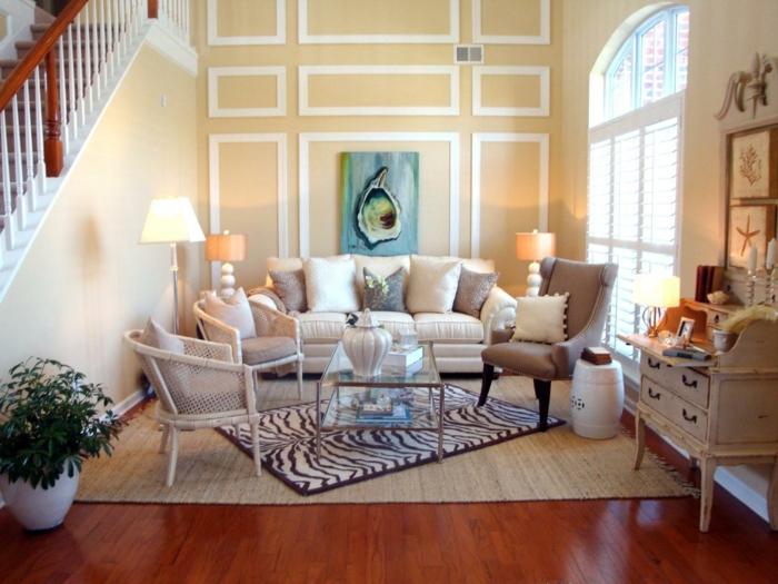 landhausstil wohnzimmer zebra teppich treppenhaus pflanzen