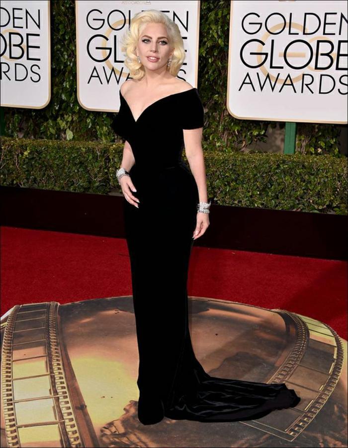Abendkleider lang Golden Globes 2016 lady gaga atelierversace