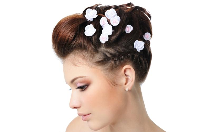 Brautfrisur Dutt Haarschmuck Kunstblumen weiß