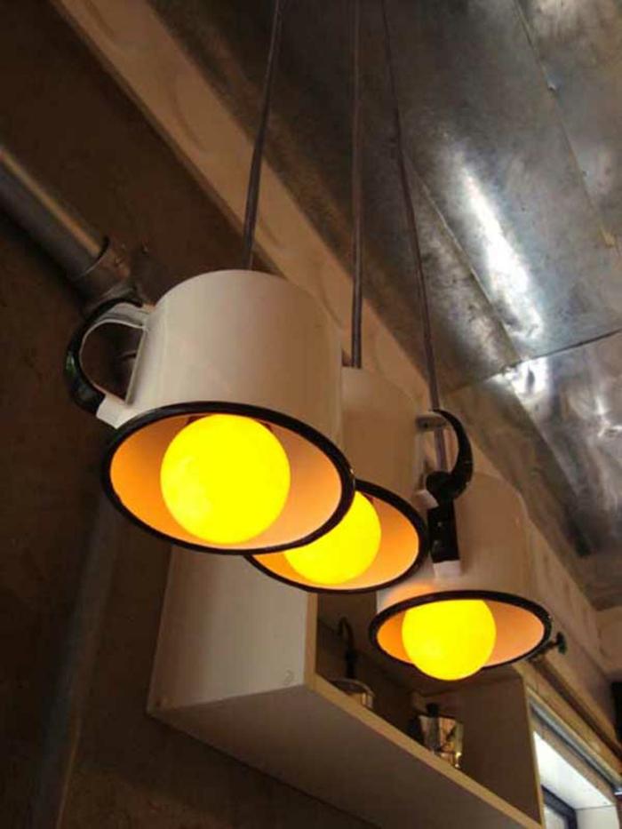 upcycling ideen kuechenutensilien aus alt macht neu Coole Bastelideen DIY bastelideen alte küchenkrams gefaess als lampenschirm