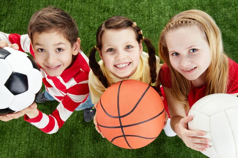 Eltern und Kinder abnehmen Zeit zum Sport
