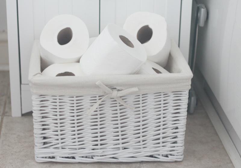 Gäste WC Ideen richtiges Benehmen Toilettenpapier