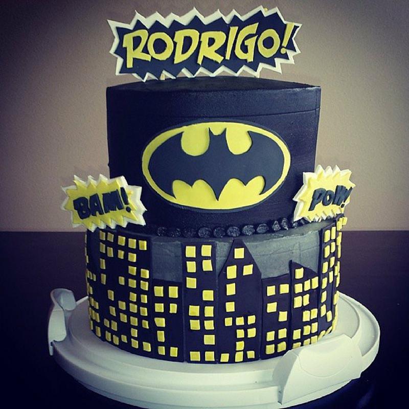Gotham City Kindertorte Geburtstagstorten Bilder Tortendeko Ideen