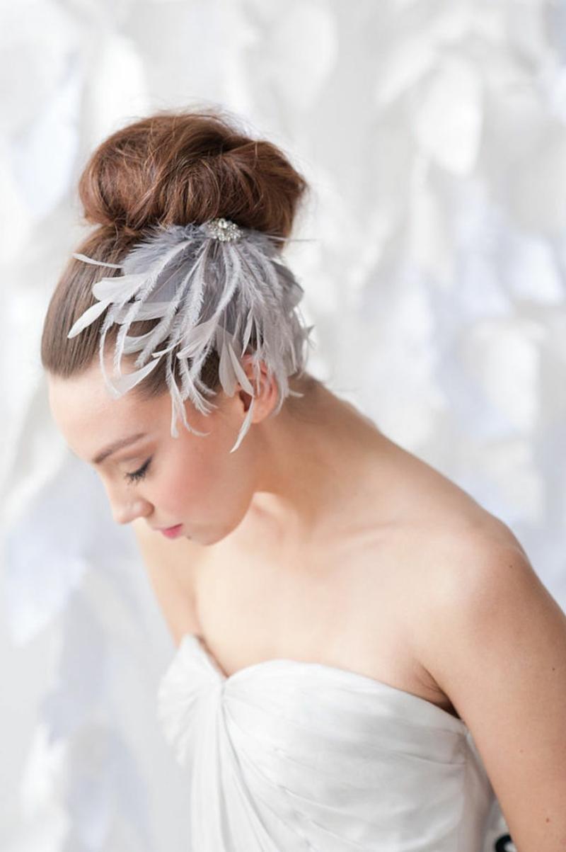 Haarschmuck Braut romantische Hochsteckfrisur Hochzeitsfrisuren Ideen