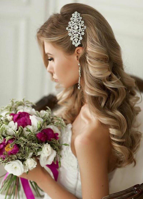Hochzeitsfrisur halboffen Haarschmuck für Hochzeit
