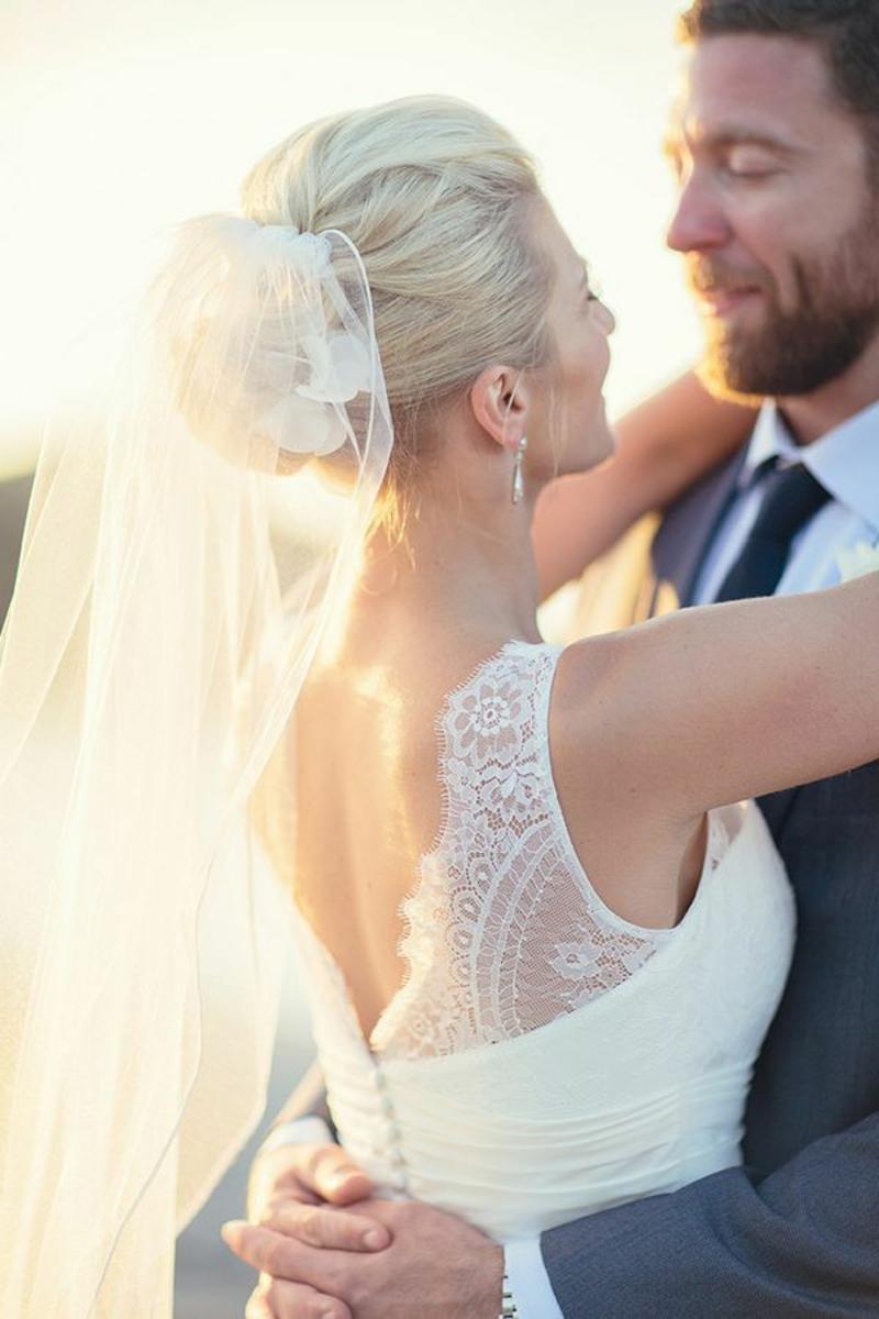 Hochzeitsfrisuren mit Schleier Braut und Bräutigam